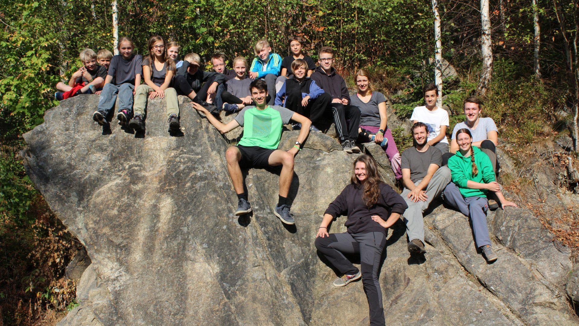 JDAV Goslar Gruppenfoto im Okertal Kletteraustausch